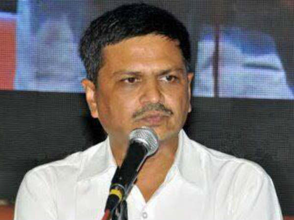 Khodaldham Chairman Naresh Patel Resigned Hardik Patel Tweet
