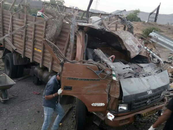 Pune 17 Killed A Road Accident On Khandala Mahamarg Road