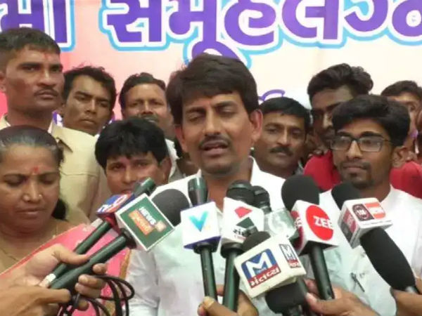 Alpesh Thakor Who Sought Special Package 10 000 Crores Thakor Samaj