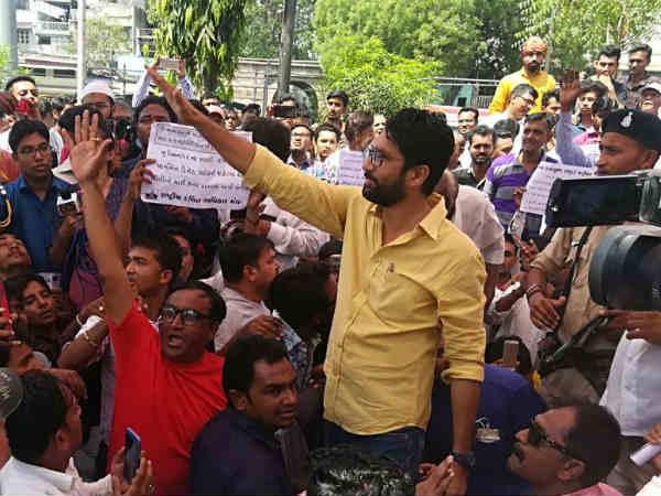 Jignesh Mevani I Am Against Violence Also Give Bjp Leader