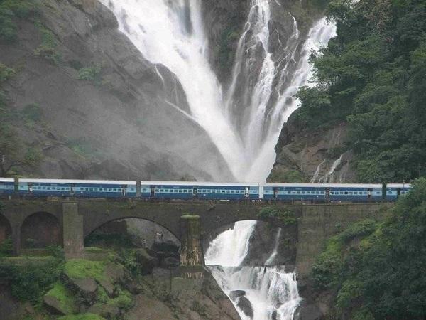 Beautiful Hill Station Of Maharashtra India