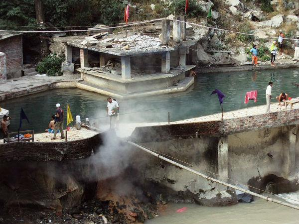 Manikaran Pigrimage Near Kullu In Himachal Pradesh