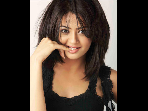 Surveen Chawla Shocked On Kathua Rape Case Said That I Know How Much Pain She Felt
