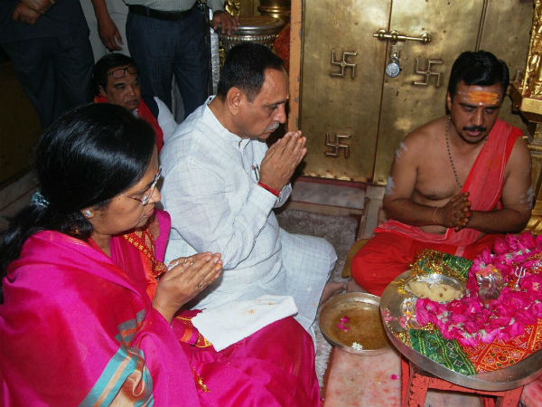 Chief Minister Vijay Rupani Reach Ambaji Temple