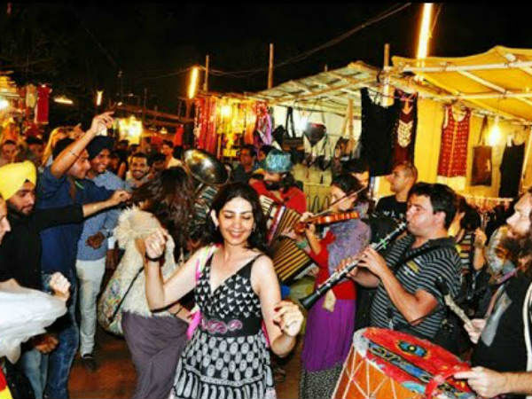 Top 10 Cheap Street Shopping Places In Ahmedabad