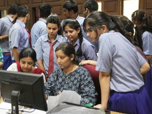 Cbse 12th Results 2018 Be Declared Today At Cbse Nic In Cbseresults Nic In Check Your Marks