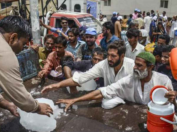 Temperature Pakistan S Nawabshah Town Reaches Upto 50 Degree Celsius