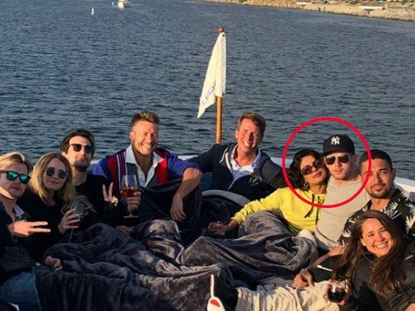Viral Priyanka Chopra Is Dating American Singer Nick Jonas