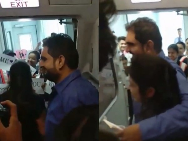 Man Proposes Girlfriend Flight Front Everyone Video Goes Viral On Social Media