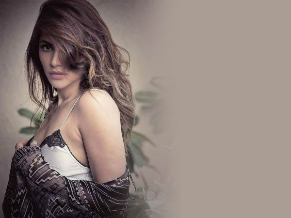 Tv Hottie Shama Sikander Opens Up On Battling Bipolar Disorder