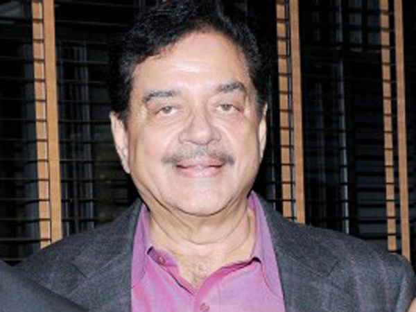 Shatrughan Sinha Taunts Pm Modi Says Becoming Prime Minister