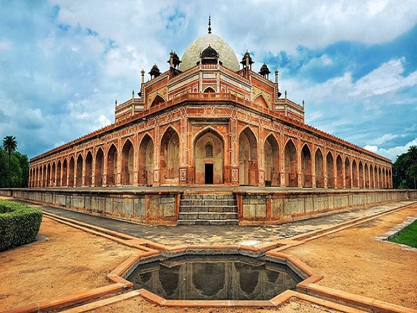 Delhi Near Humayun S Tomb Conservators Discover Hidden Mughal Treasure