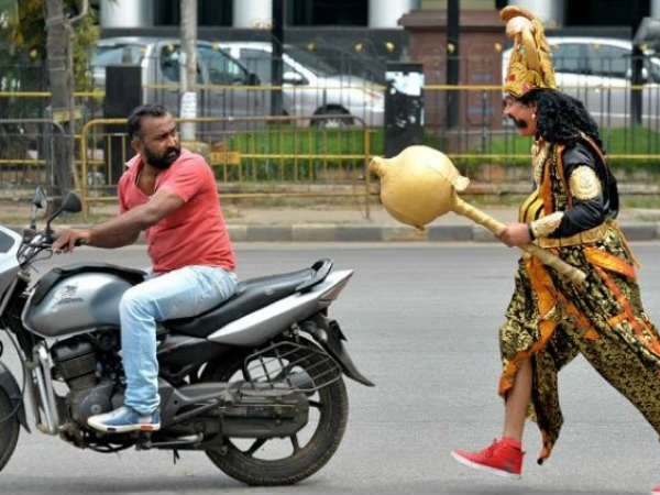 When Traffic Police Became Yamraj To Warn The Motorists