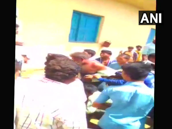 Maharashtra 5 People Lynched Villagers On Suspicious Of Child Theft