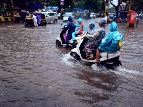 મોન્સુન અપડેટઃ ગુજરાતમાં અમુક સ્થળોએ ભારેથી અતિ ભારે વરસાદની સંભાવના