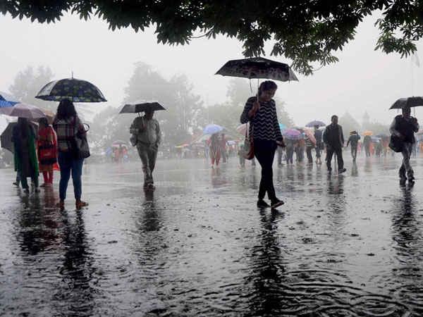મોન્સુન અપડેટઃ પ. મધ્યપ્રદેશમાં અમુક સ્થળોએ અતિ ભારે વરસાદની સંભાવના