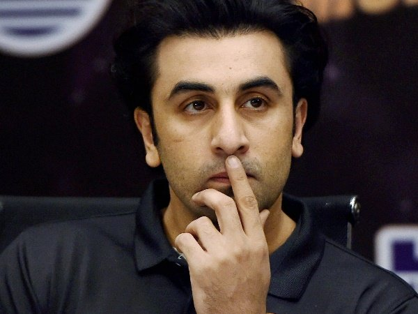 Bollywood Actor Ranbir Kapoor Sued His Tenant 50 Lakhs Acto