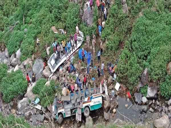 Uttarakhand At Least 20 People Kill 12 Injure After Bus Fell Down A Gorge In Pauri Garhwal