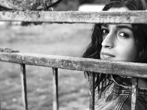 Ranbir Kapoor Clicks Alia Bhatt Mother Neetu Kapoor Loves It