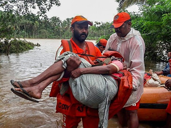 Kerala Floods Help People Affected From Rains Flood Contributing