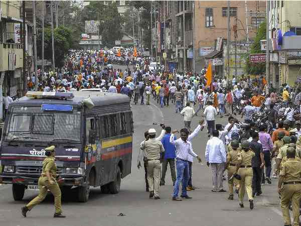 Marathas Carry Jail Bharo Andolan From Today 1st August