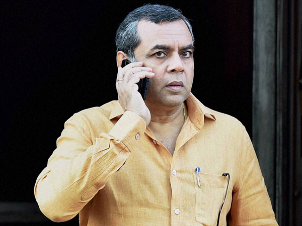 Nrc Paresh Rawal Jibe Says 2019 Election S First Trend Is Out Opposition Trailling By 40 Lakh Votes