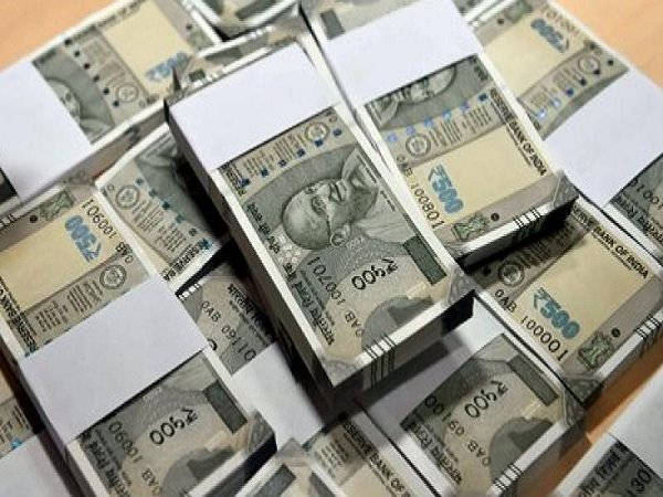 Indian Rupee Hits Time Low 70 Per Dollar