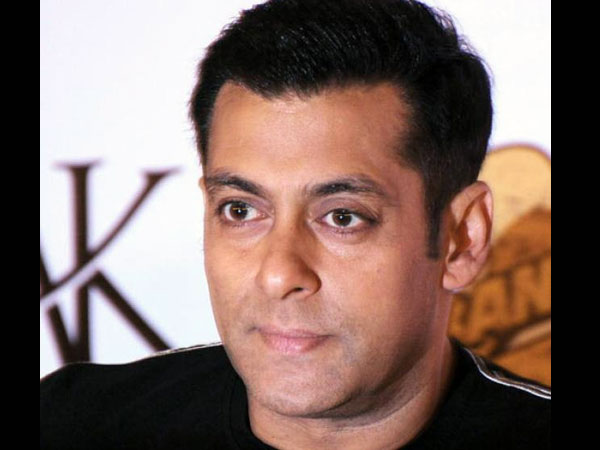 Actor Jaaved Jaaferi Tweeted About Salman Khan Donating Rs
