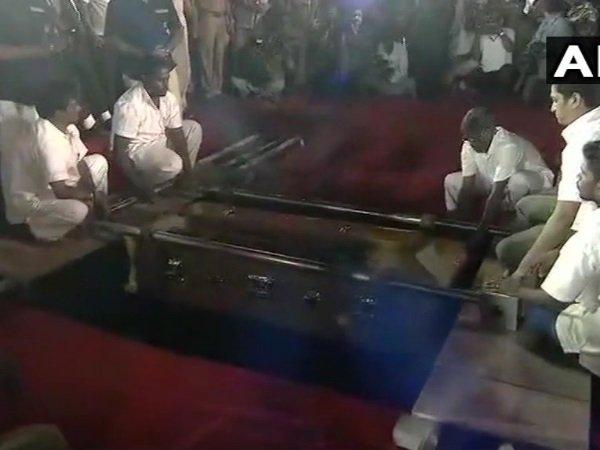 M Karunanidhi Being Laid Rest At Marina Beach Chennai