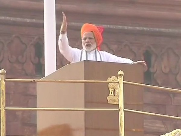 Pm Modi Attacked On Congress Over Gst Msp Orop Property Law