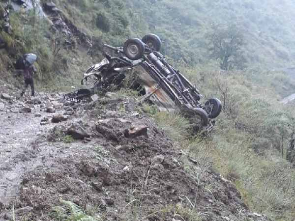 Pics 13 People Killed After Jeep Fell Into Gorge Shimla Him