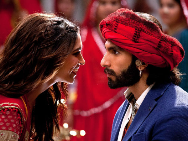 Ranveer Singh Deepika Padukone Have Traditional Sindhi Wedding