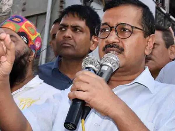 Arvind Kejariwal Challenged Amit Shah Debate On Development