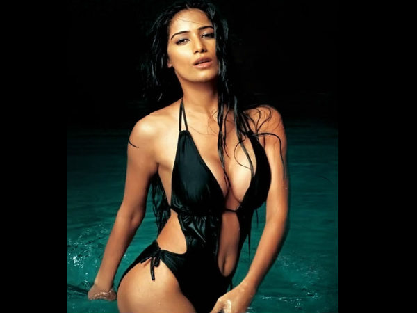 Actress Poonam Pandey Shared Bold Bikini Pictures