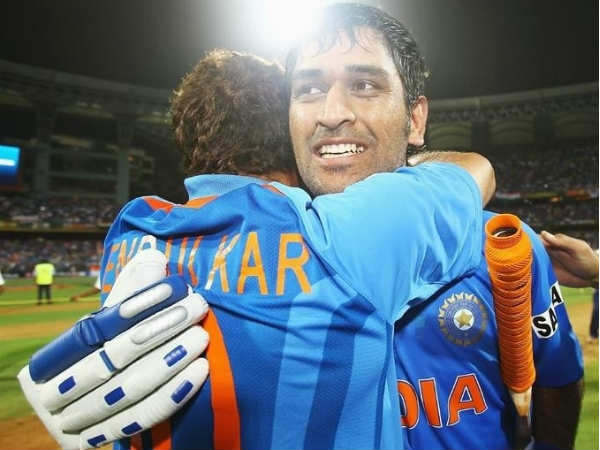 Tendulkar S Tactical Masterstroke Helped Ms Dhoni Lift 2011 Cricket World Cup