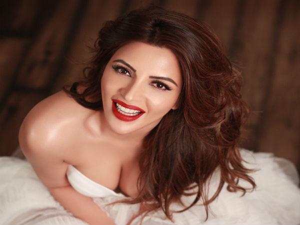 Yeh Meri Life Hai Fame Shama Sikander Again Goes Bold
