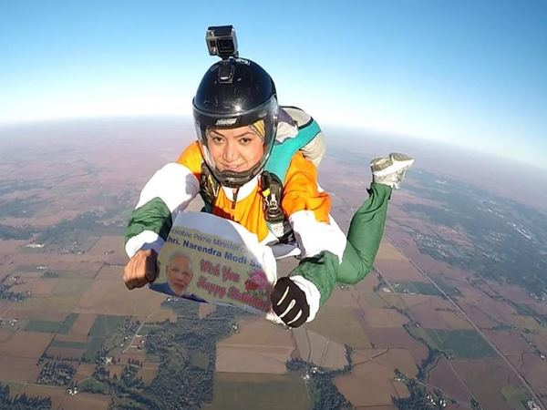 Skydiver Shital Mahajan Wishes Birthday Narendra Modi From 13k Feet