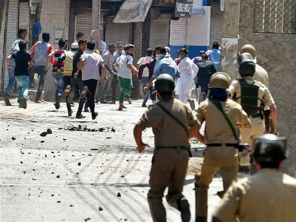 New Strategy Jammu Kashmir Police Catch Stone Pelter This Ha