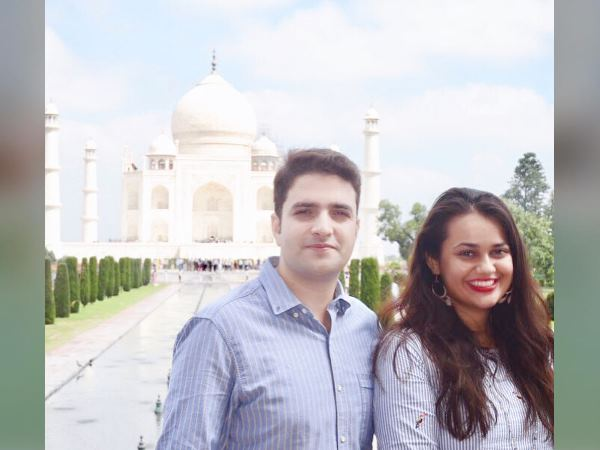 Ias Tina Dabi Went See Taj Mahal With Ias Husband Athar Aami