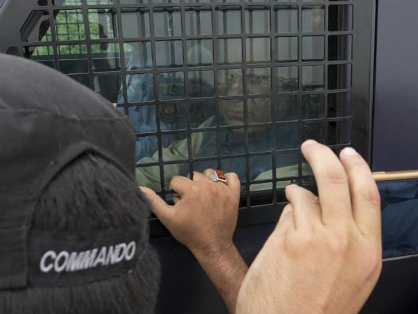 નવાઝ શરીફ અને પુત્રી મરિયમને જેલમાંથી મુક્ત કરવાનો હાઈકોર્ટનો આદેશ