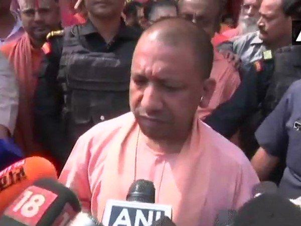 Uttar Pradesh Cm Yogi Adityanath On Death Lucknow Resident V