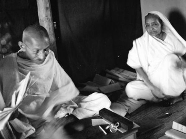 When Mahatma Gandhi Criticised Wife Kasturba Rs