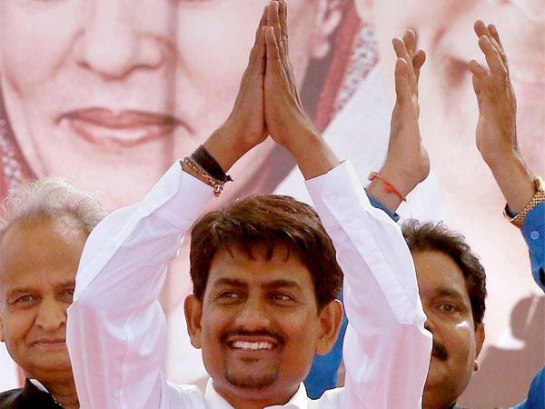 Alpesh Thakor Will Sit On Hunger Strike From 11th October