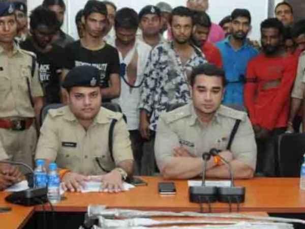 Ujjain Police Arrested Facebook Gang