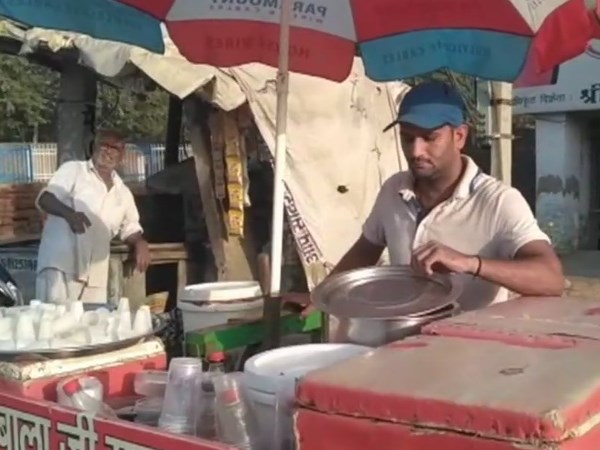 Arjuna Awardee International Boxer Dinesh Kumar Forced To Sell Kulfi On Streets In Haryana