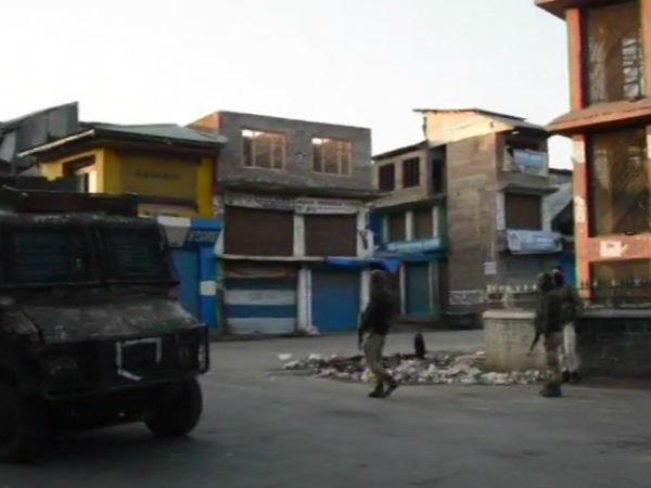 Encounter Underway Between Terrorists Security Forces In Larro Area Of Kulgam
