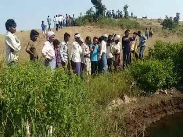 Madhya Pradesh 5 Brother Sisters Found Dead Well