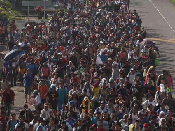 ગરીબી અને હિંસાથી ગભરાઈને હજારો લોકો અમેરિકા પહોંચી રહ્યા છે