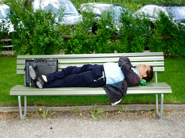 Hungary Bans Sleeping Public Place Un Calls It S Cruel