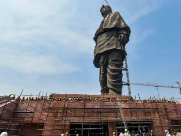 How Foreign Media Covers Statue Unity